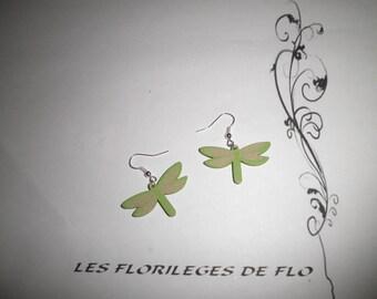 00680 - Green Dragonfly earrings