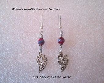 Silver metal leaf charm and graffiti Pearl filigree earrings