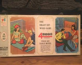Milton Bradley Board game The Smart Set Word Game 4 CYTE