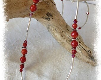 Necklace with red and natural beads beads tubes