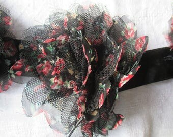 flowers band with a measuring tape fabric