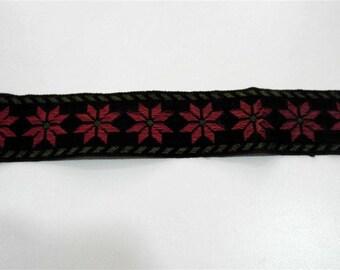 Velvet and silk ribbon