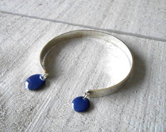 Silver Bangle, sequins round enamelled blue