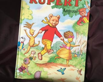 FREE POSTAGE The Rupert Bear Annual Ian Robinson illustrated John Harold  year 2000 number 65 vintage retro childrens book story year book