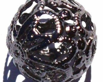 1 MR25 black 18mm filigree ball bead