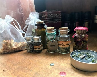 Witch Kit: Bath spell, love spell, time spell, tea