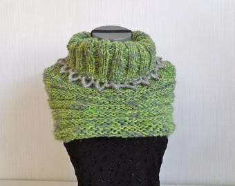 COLLAR SNOOD covers shoulder green/gray heathered wool knitted and crocheted handmade - OOAK