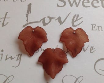 Maple Brown 25x23mm charm bead pendant lot of 10 pieces