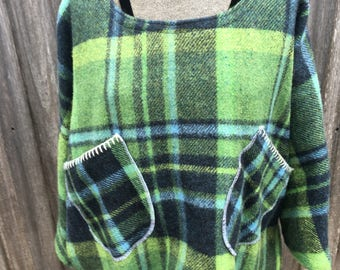 Vintage blanket jumper in green with blue and black stripes