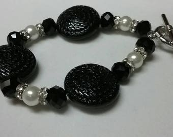 Black and White Button Bracelet