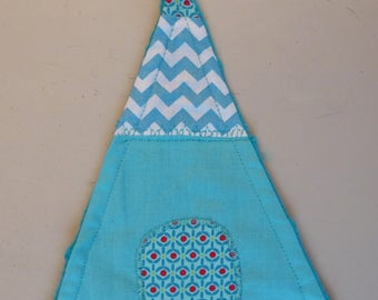 Toy tipi with fabrics to choose