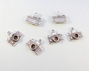 Camera charms / 6 pcs double sided silver tone charms