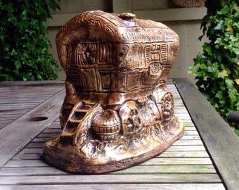 Stone Gypsy Romani  Vardo Wagon Garden Ornament Gift Keepsake Remembrance