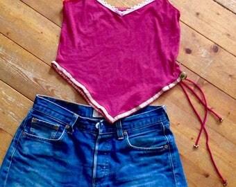 Rotes Zipfeltop / Elfen Zipfel Top / Tip Shirt