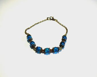 Retro bracelet, blue cracked beads