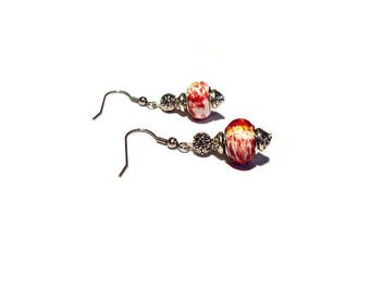 Retro earrings, red marbled white beads