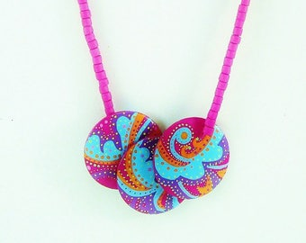 Necklace wood, bib, mid-length, multicolor, hot pink background