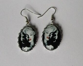 beautiful Marilyn monroe earrings