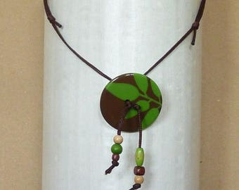 Necklace green and Brown buttons with beads