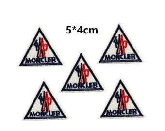 Moncler patches,iron on embroidery patch,patches for down jackets,small pieces badges,patch for clothing,patch for t shirts,hats patch