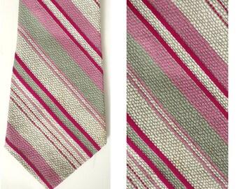 80s Pink & Gray Diagonal Striped Tie, Preppy Tie, Retro Tie, Pink Tie, Striped Tie, Golden Clasp, Diagonal Stripes, 80s Mens Tie, Neck Tie