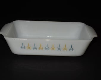 FIRE KING Milk glass, Loaf pan, Candlestick 'Candle Glow' Pattern, 1960s, baking dish, Anchor Hocking, Casserole dish, Vintage, 1 QT