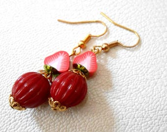 Strawberry red fruit earrings