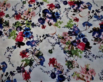 """Flowers"" patterned printed viscose fabric"