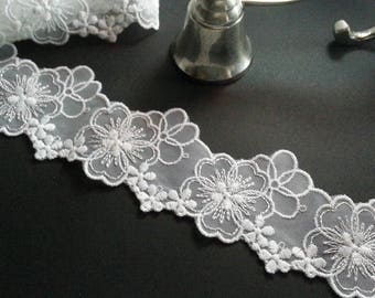 SALE!!3yd (2.7m) of Embroidered Tulle Lace-  White Flower - 5cm(1.9inch) Wide,RL_EM008