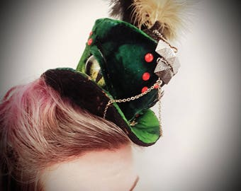 Draken-beast velvet top hat