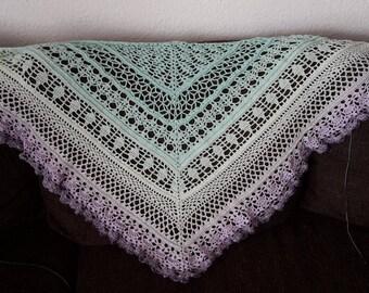 "Edlothia cloth ""Feentraum"" purple green triangle cloth"