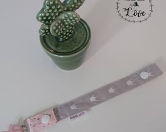 Pacifier (gray - pink Crown)