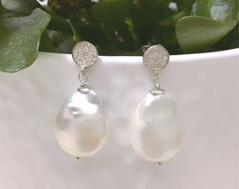 Baroque white pearl earrings. Chanel earrings. Bride Earrings. Drop pendants. Wedding. Gift woman. White earrings.