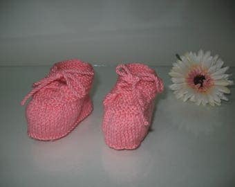 Salmon baby shoes, newborn baby shoes, acrylic baby shoes, baby girl shoes, lace shoes baby, baby booties