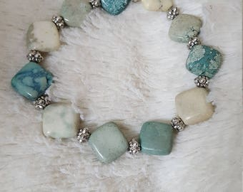 Handmade beaded gemstone Howlite bracelet with silver accents, gemstone bracelet, howlite beads, women's accessory