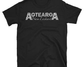 New Zealand Shirt Aotearoa Maori Art Down Under Kiwi Gift Short-Sleeve Unisex T-Shirt
