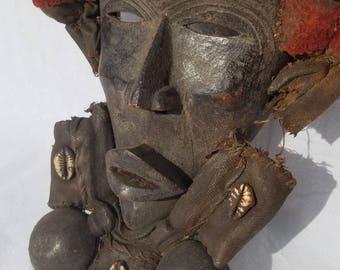 TRIBAL EXOTICS : PREMIUM Authentic fine tribal African Art - Dan Gio Ceremonial Wood Mask Figure Sculpture Statue