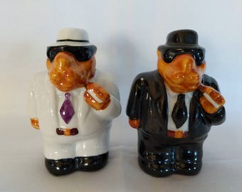 Vintage RJR Tobacco Co. Joe Camel Salt & Pepper shakers.