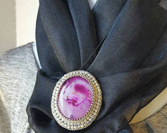 Agate and Rhinestone Brooch or Lapel Pin