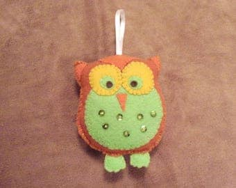 Owl, cinnamon brown and green  decoration Christmas ornament