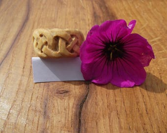 Boxwood Celtic knotwork ring