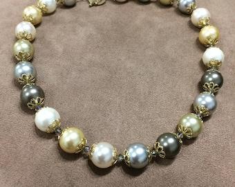 Multicolored Majorca pearls and Swarovski crystals necklace