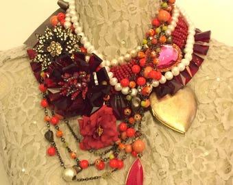 Romantic necklace with semiprecious stones and Swarovski