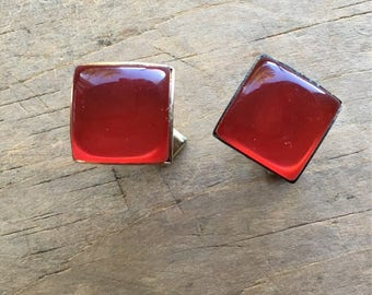 Eye catching vintage red on gold tone cuff links