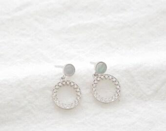 twinkle shell round earring