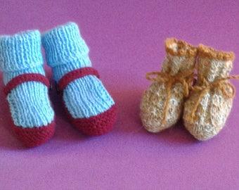 Newborn shoes. Different sizes.
