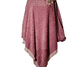 Carp/poncho with sleeves