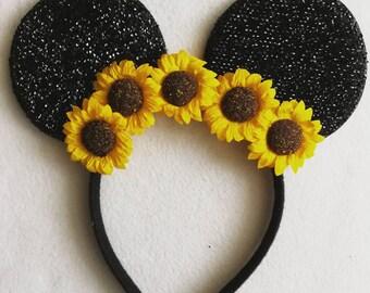 Sunflower flower crown minnie ears.