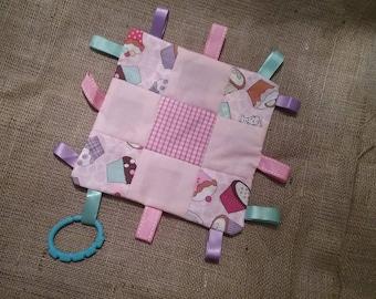 Baby tag blanket