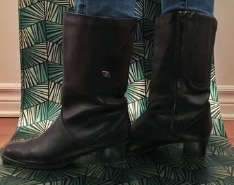 VTG 80s - vintage 80's black leather boots - size 38 (US 8) - winter boots - made in the Canada